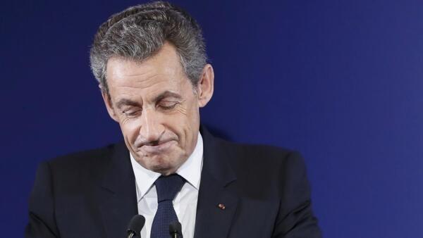 Nicolas Sarkozy, ex presidente francés, el 20 de noviembre de 2016 durante las primarias de la derecha francesa, en París.
