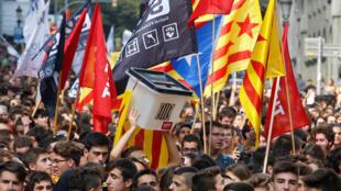 Manifestation des indépendantistes catalans, à Barcelone, le 1er octobre 2018.