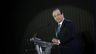 O presidente François Hollande durante discurso no Museu Nacional, em Brasília, nesta quinta-feira, 12 de setembro.