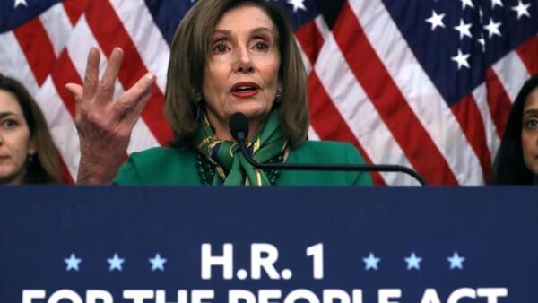 A votação desta quarta-feira para aprovar as acusações contra Donald Trump foi organizada pela líder democrata na Câmara dos Representantes, Nancy Pelosi.