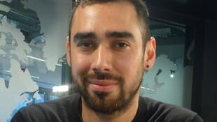 Daniel Otero Torres en los estudios de RFI