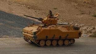 Xe tăng Thổ Nhĩ Kỳ ở Ceylanpinar, khu vực biên giới chung với Syria, ngày 22/10/2019.