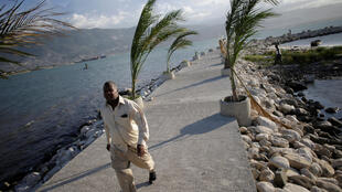 Matthew devrait toucher la Jamaïque et Haïti d'ici dimanche soir.
