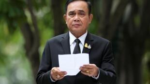 2019年6月6日,剛剛獲得連任的泰國總理巴育在曼谷總理府門前向媒體發表講話。