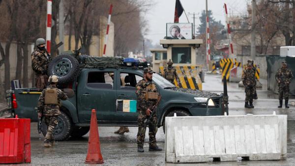 Talibans apelam ao diálogo com os EUA