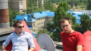 Максим и Антон, Донецк, июнь 2012