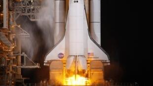 O ônibus espacial Endeavour