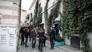 Турецкая полиция у дома Джеймса Ле Мезюрье, Стамбул, 11 ноября
