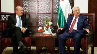 Jean-Yves Le Drian et Mahmoud Abbas se sont entretenus à Ramallah, le 26 mars 2018.