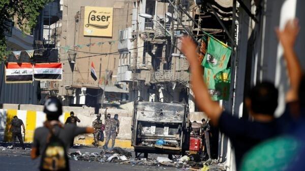 Violentos protestos entram em sua terceira semana no Iraque