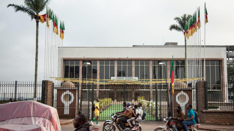 Double scrutin au Cameroun: début du recensement des votes
