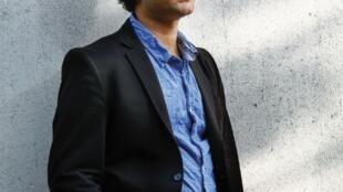 Photographie portrait de l'écrivain Omar Youssef Souleimane.