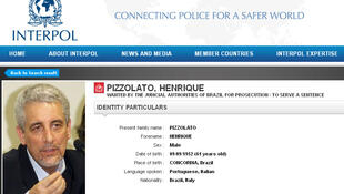 Captura do site da Interpol que divulga foto do Ex-diretor do Banco do Brasil, Henrique Pizzolato