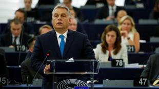 O primeiro-ministro húngaro, o nacionalista Viktor Orban durante debate no Parlamento Europeu. 11/09/18