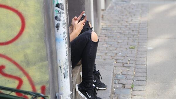 Quatro em cada cinco adolescentes no mundo são sedentários, especialmente as meninas, diz um estudo que publicado nesta sexta-feira pela OMS