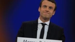 Emmanuel Macron aparece como grande favorito para o segundo turno da eleição presidencial francesa