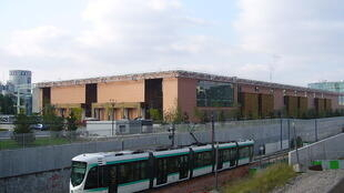 Waste sorting centre in Issy-les-Moulineaux