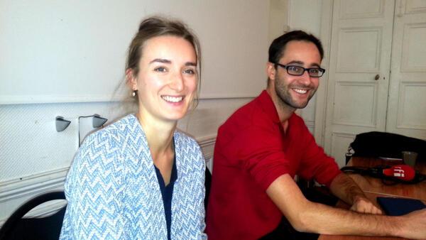Caroline Pasquier, responsable adjointe de le communication de l'ONG ACTED, coordinatrice du Baromètre de la Faim 2015 ; et Robin Nataf, directeur pays de l'ONG ACTED au Liban.