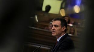 Le Premier ministre sortant Pedro Sanchez prononce son discours pendant un débat au Parlement sur son renouvellement à la tête du pays, à Madrid, le 22 juillet 2019.