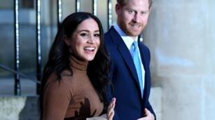 Harry y Meghan anunciaron que quieren repartir su tiempo entre el Reino Unido y América del Norte.