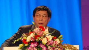 """Tỷ phú Nhậm Chí Cường, có biệt danh « Nhậm Đại Bác"""". Ảnh chụp năm 2012"""