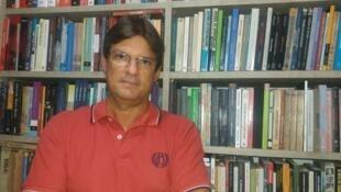 """O professor da UFBA, Carlos Zacarias, responsável pela disciplina """"O golpe de 2016 e o futuro da democracia no Brasil"""""""