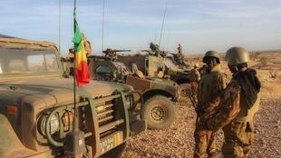 Les militaires de la force conjointe du G5 Sahel, dans la région d'In Tillit, au Mali, lors de leur première opération, Hawbi, début novembre 2017.