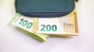 Aumento de 100 euros no salário mínimo em França, e de 200 euros em Espanha (imagem de ilustração)