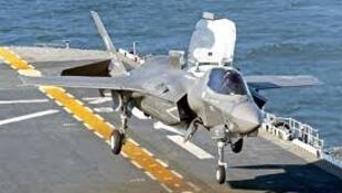 Un F35-B en décollage.