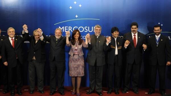 Foto dos Chefes de Estado na 39ª Cúpula do Mercosul, em San Juan, Argentina.
