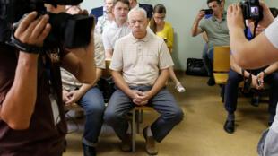 Обвиняемый по делу о крушении самолета главы компании Total Владимир Мартыненко на заседании Солнцевского суда Москвы, 28 июля 2016 г.