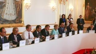 Encontro dos líderes europeus sem o Reino Unido se foca na unidade e na coesão do bloco.