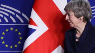 La Première ministre britannique est à Bruxelles pour tenter une nouvelle fois de faire plier les Européens.