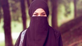 Mulheres iranianas são obrigadas a usar o véu desde a Revolução Islâmica de 1979.