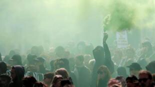 Демонстранты в Нанте. 1 мая 2017