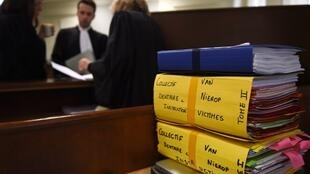 The trial of Dutch dentist Van Nierop opens today at the Nevers courthouse, central France.