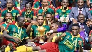 Os Camarões saboreiam a conquista da Taça de África das nações de futebol.