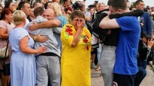 Встреча освобожденных заключенных в киевском аэропорту Борисполь 7 сентября