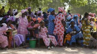 Des représentants de 210 villages se sont rassemblés pour manifester contre le mariage forcé des enfants et les mutilations génitales féminines. Bonconto, Kolda, Sénégal, Casamance, Afrique. (Photo d'illustration)