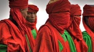 Masu rike da mukaman sarautun gargajiya sama da 3,000 na fuskantar barazanar rasa mukamansu.