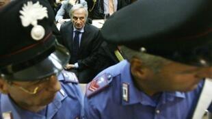 Former Parmalat boss Calisto Tanzi on trial in Milan