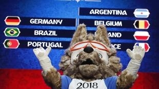 Tudo pronto: 32 seleções conhecerão hoje os seus adversários na fase de grupo da Copa de 2018.