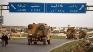خودروهای نظامی ترکیه در حال حرکت به سمت ادلب در شمال سوریه
