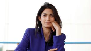Virginia Raggi obteve mais de 35% dos votos no primeiro turno das eleições para a prefeitura de Roma.