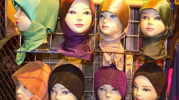 Female cabin crew can opt-out of flying into Iran