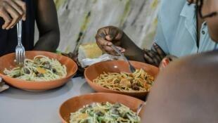 Un fast-food à Lomé, capitale du Togo.