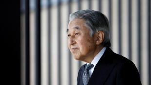 L'empereur japonais Akihito a dû faire l'objet d'une loi spéciale pour pouvoir abdiquer.