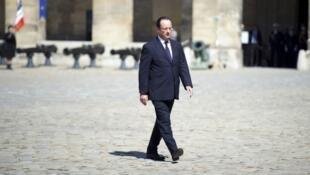 Le president de la republique française François Hollande