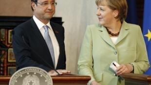 François Hollande y Angela Merkel intentarán superar sus contradicciones en la reunión de París.
