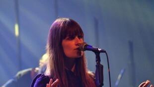 Clara Luciani biểu diễn tại liên hoan Francofolies 2018 -La Rochelle